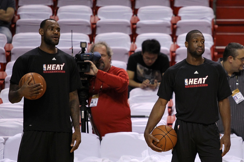 great fit 784bb c1da1 LeBron James Dwayne Wade Miami Heat