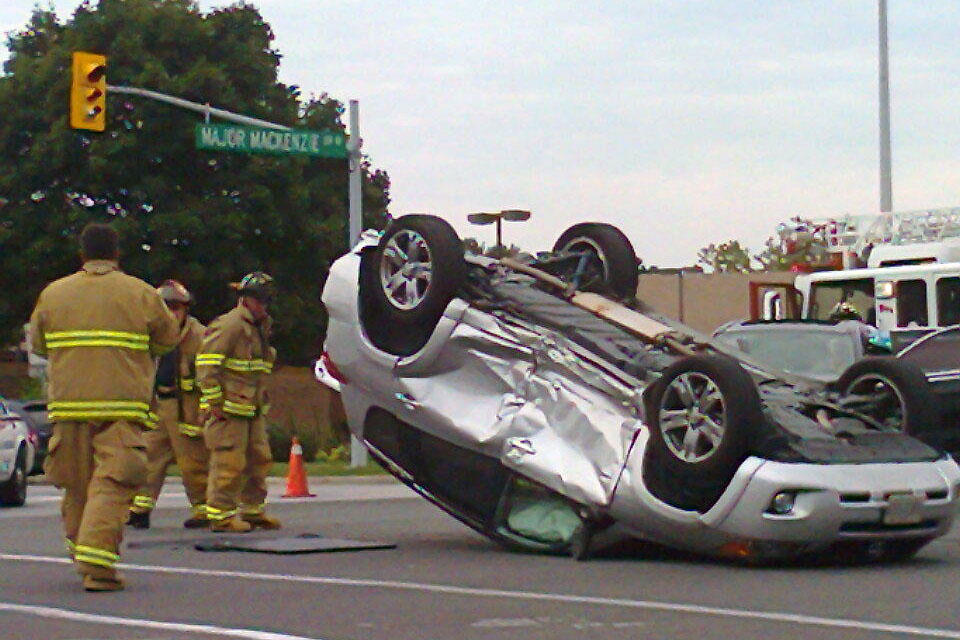 71636f0c8146 One in hospital after Richmond Hill rollover