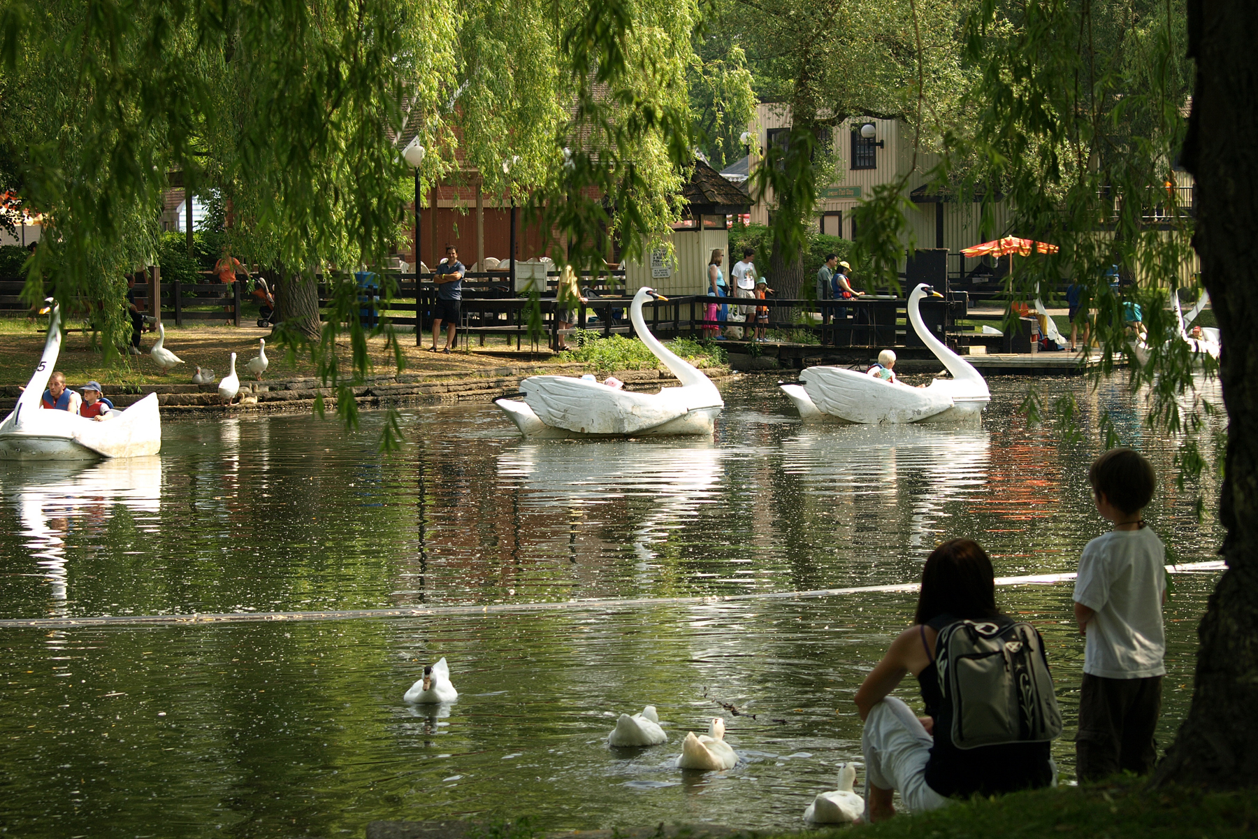 Attraction Toronto Islands Offer Outdoor Fun And A