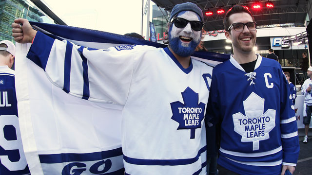 50e88f249a6 More Game 6 tickets released to select Leafs fans