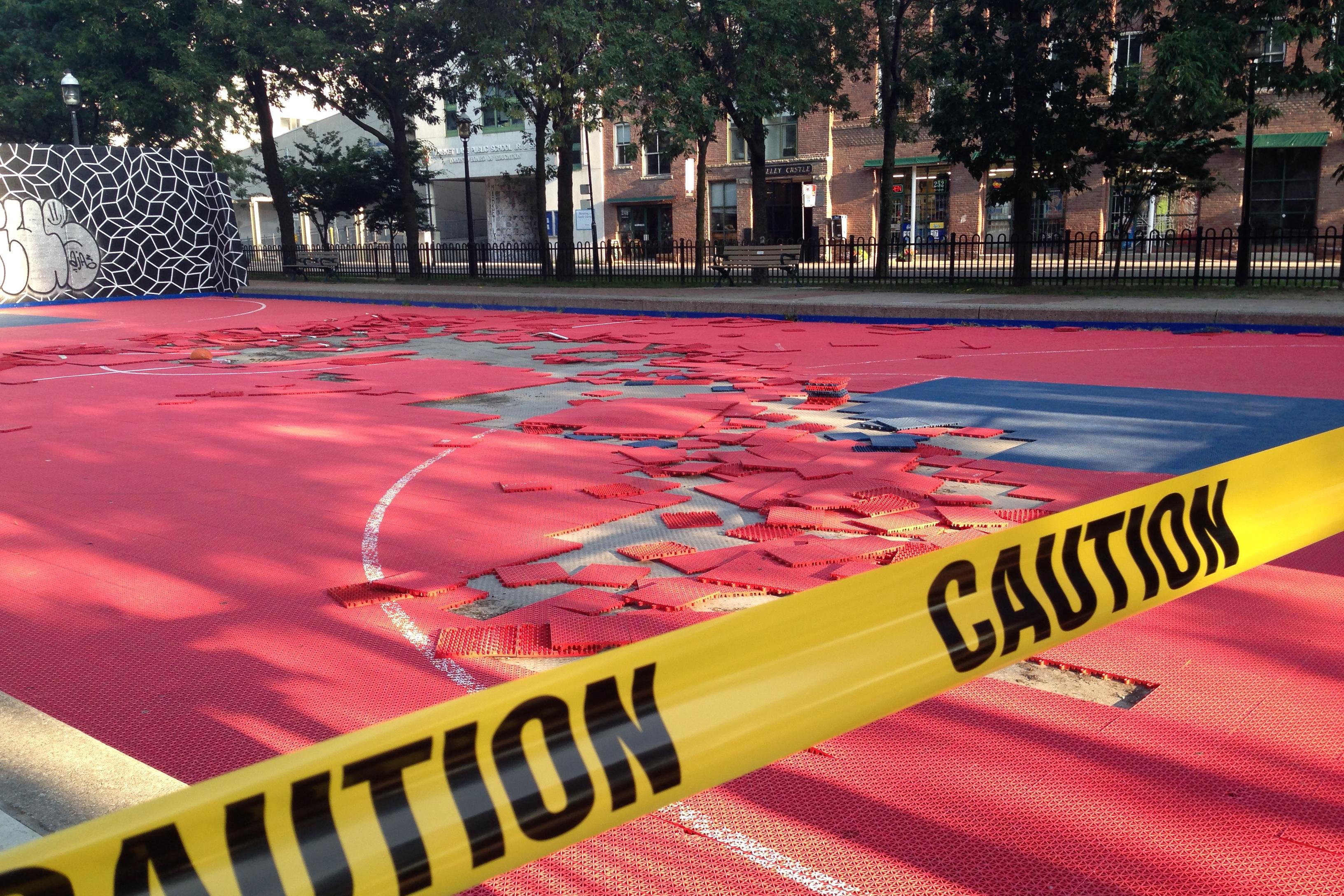 Police Mlse Help Repair David Crombie Basketball Court Citynews