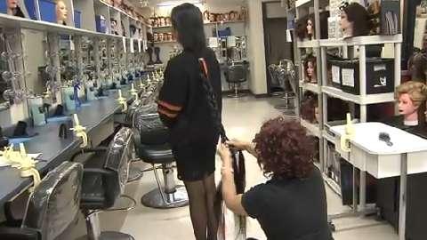 Teens Ankle Length Hair Cut For Cancer