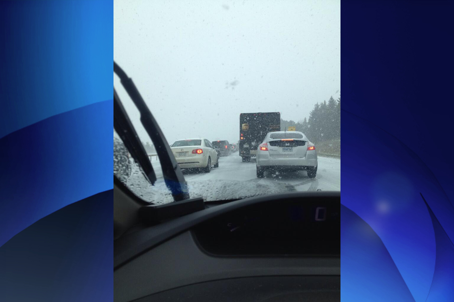 Hwy  400 in Innisfil reopens after weather-related crashes
