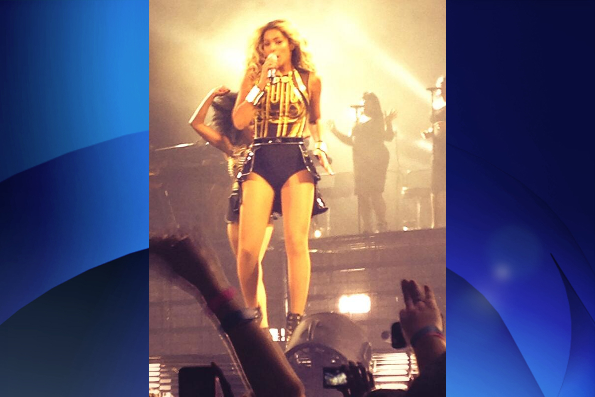 Beyonce performs at the ACC on Dec. 16, 2013. CHFI