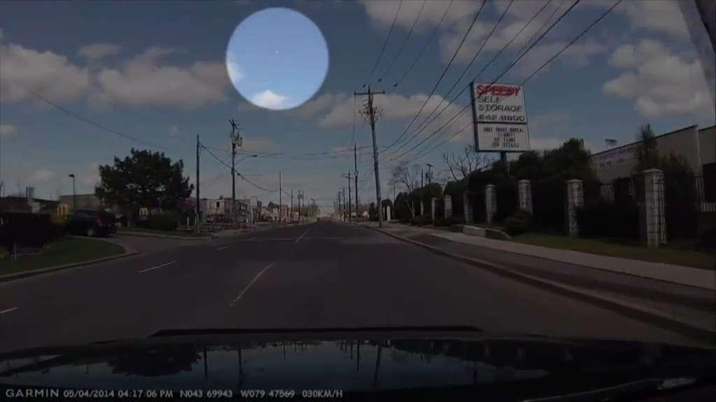 Possible meteor sighting over GTA skies