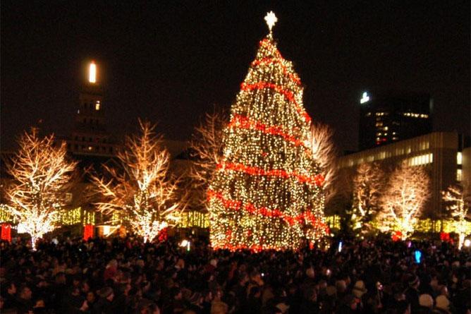 Christmas Wonderland Toronto Lights Up For The Holiday