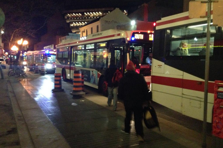 Shuttle buses are running on March 24, 2015 from Bloor to St. Andrew stations after a leak was found at College Station. 680News/Carl Hanstke