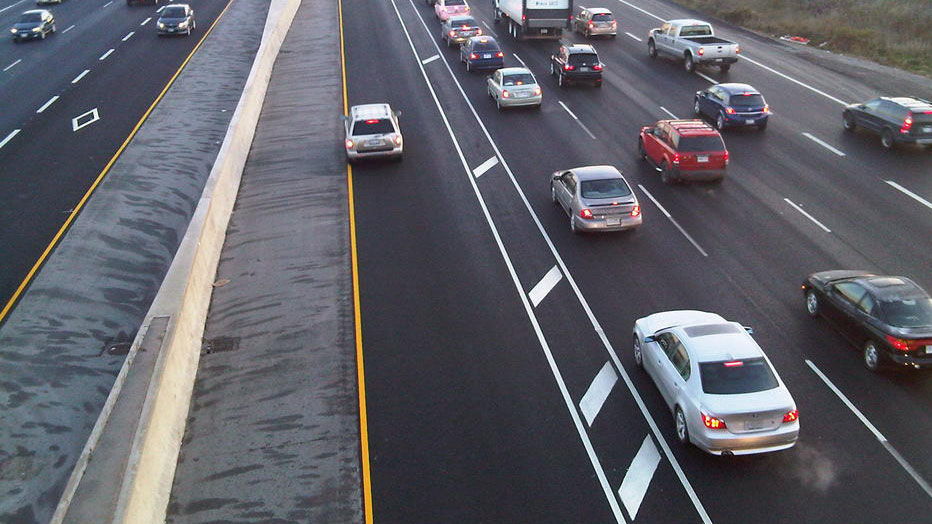Carpool Lane Rules >> Single Rider Motorcycles Could Soon Use Hov Lanes In Ontario Government