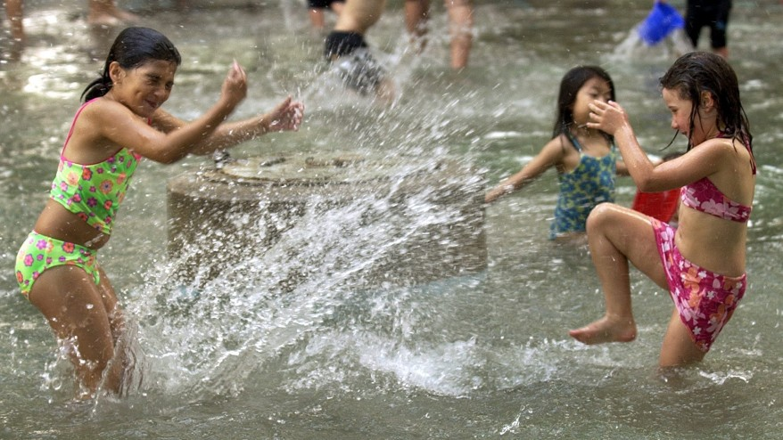 Toronto S Outdoor Public Pools Open For The Summer Citynews