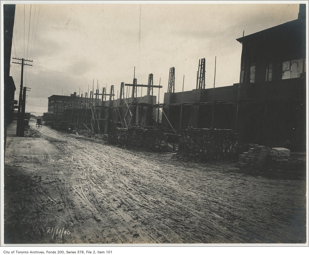 """The """"New Market"""" on the west side of Jarvis Street, taken on Nov. 21, 1900. Image via City of Toronto Archives."""