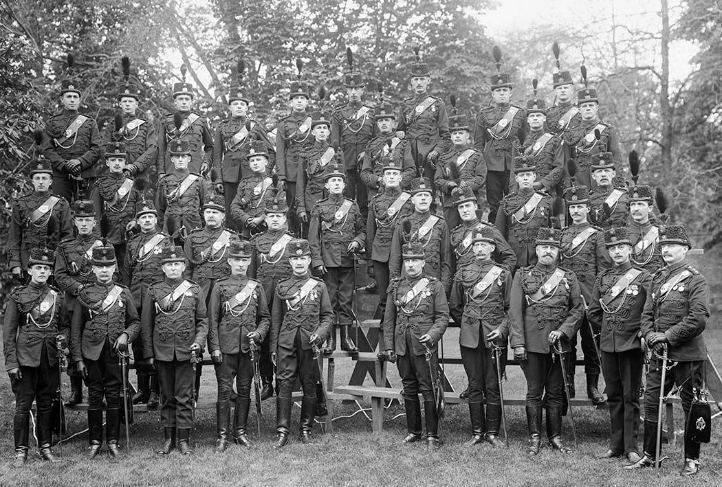 Officers with the Queen's Own Rifles, taken after 1900. CITY OF TORONTO ARCHIVES (Fonds 1244, Item 43).