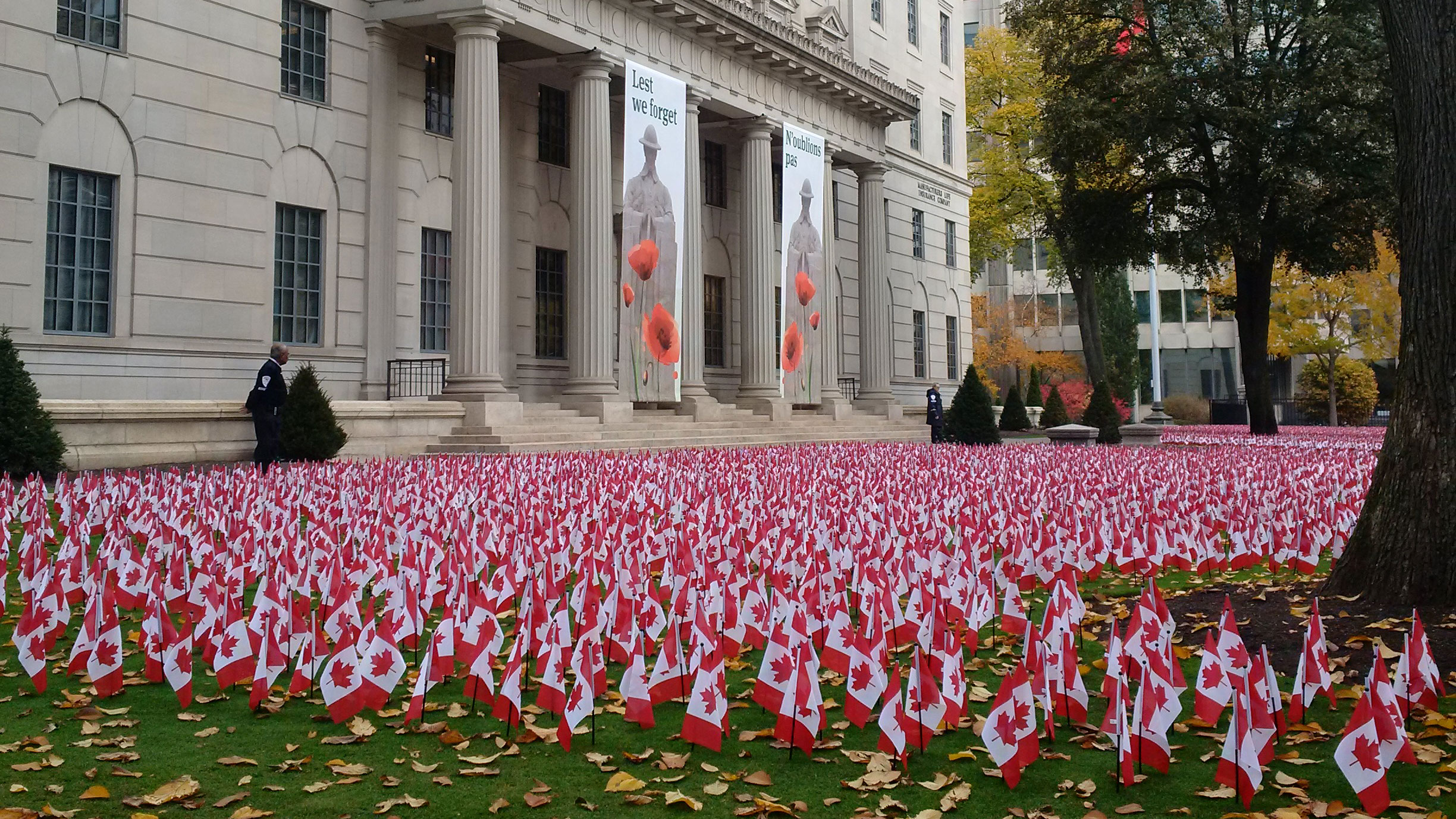 emotional u0027 flag tribute at manulife building honours fallen soldiers