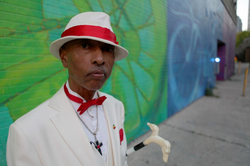 Character Toronto Best Dressed Man In Dundas Square Says Hes Not A Pimp