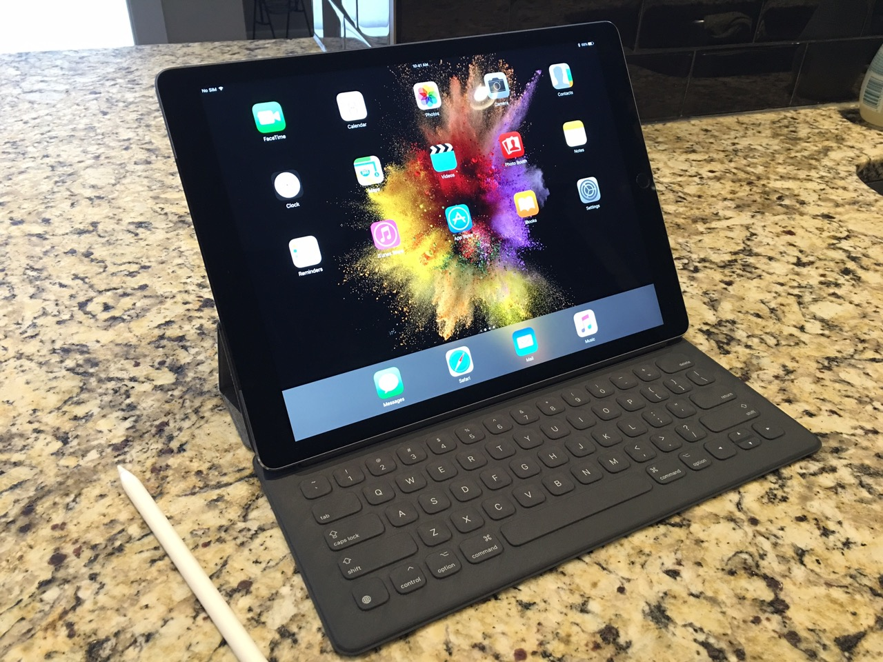 How to use a mouse with the ipad pro