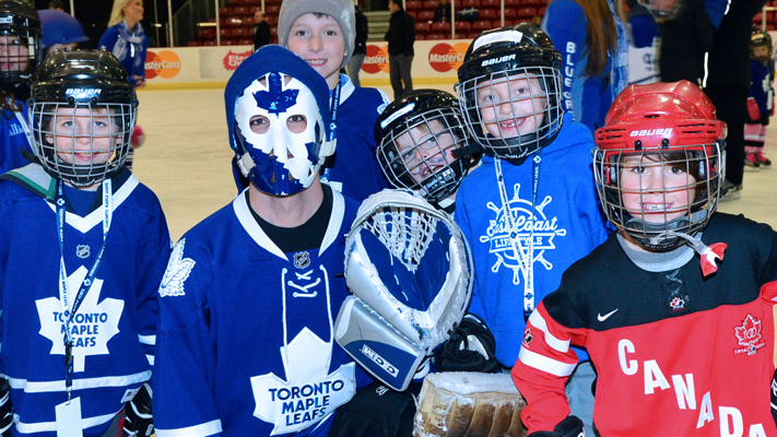 Toronto Maple Leafs Skate  Photo via eastersealsskate.org