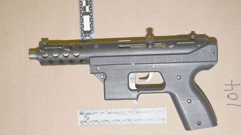 "Police seized a loaded ""Tec9"" 9mm sub-machine gun in a firearms investigation. TORONTO POLICE SERVICE."