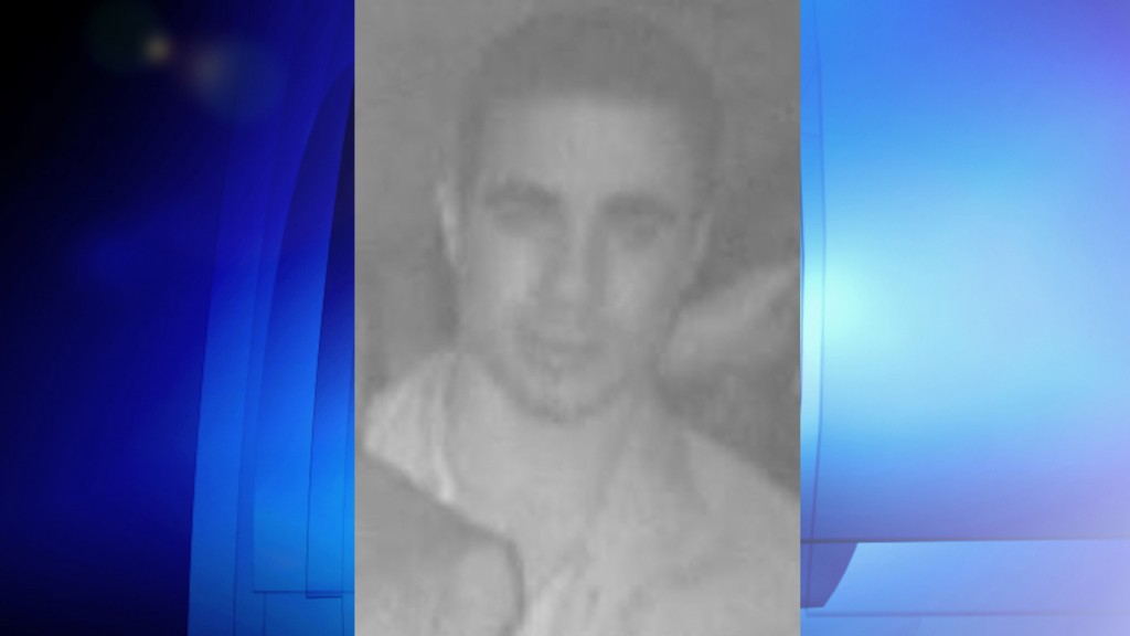 Security image of man wanted in connection with taxi robbery, Jan. 29, 2016. TORONTO POLICE SERVICES/Handout