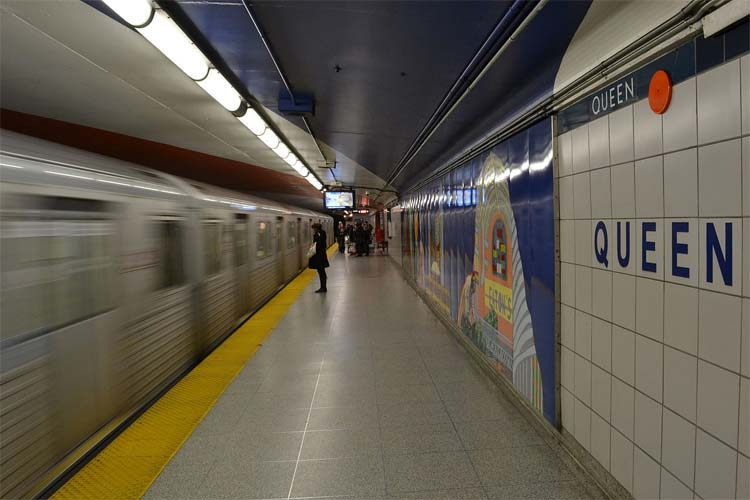 Queen subway station. PHOTO: WIKIPEDIA COMMONS