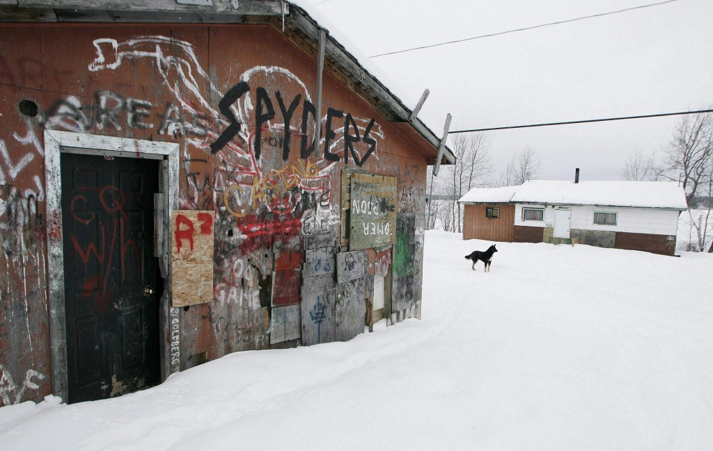 An abandoned house is shown on the Pikangikum First Nation on Jan. 5, 2007. THE CANADIAN PRESS/John Woods.