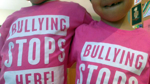 Toronto celebrates 'International Day of Pink' against bullying