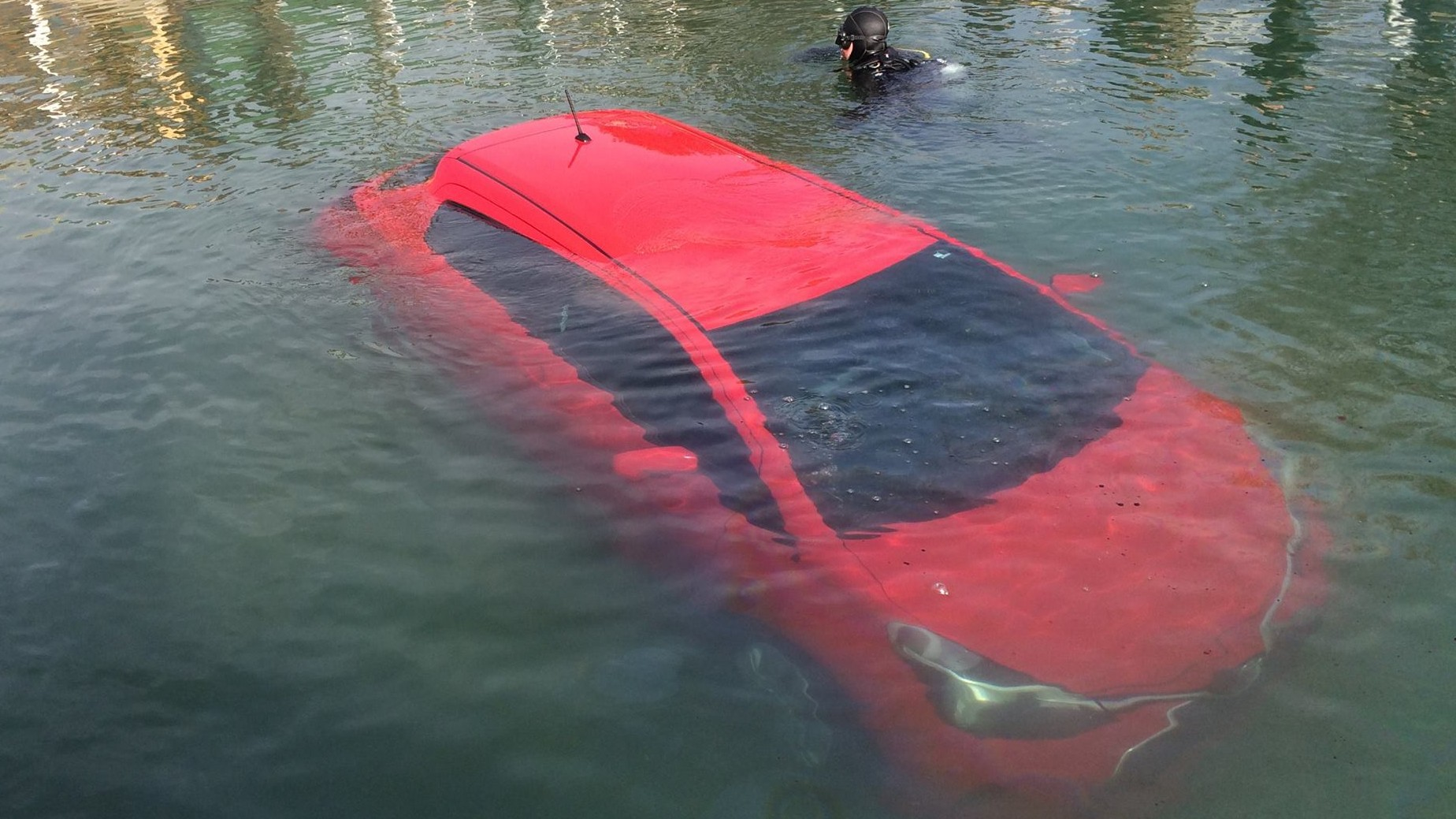 Kitchener woman follows car's GPS directions into Lake Huron, swims on