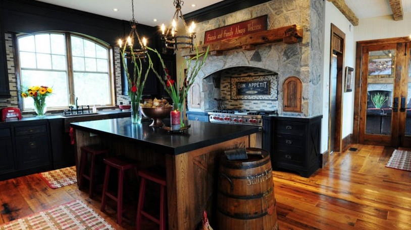 Wendel Clark's cottage up for grabs on AirBnB, with a few