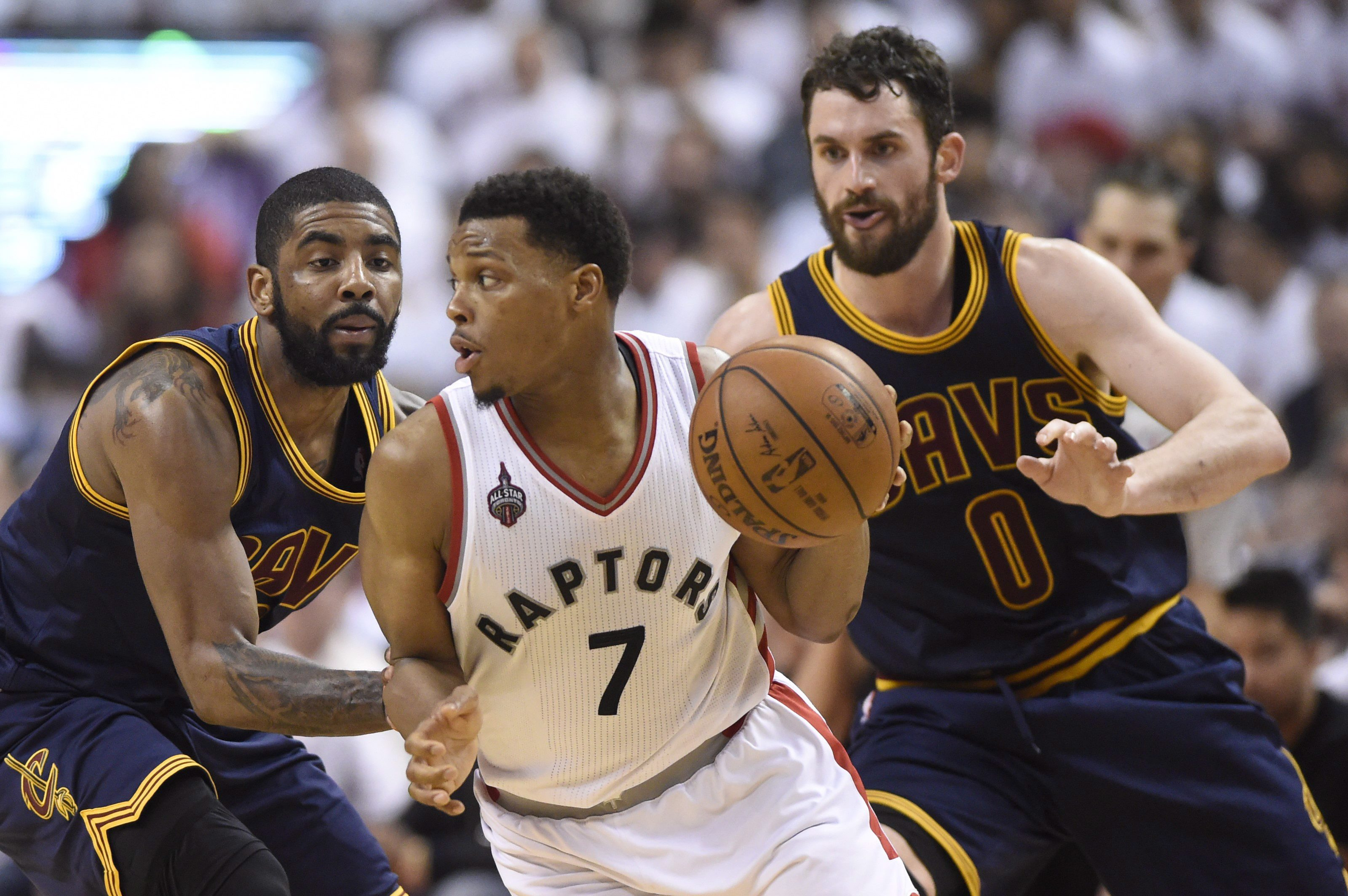 9d2da0ef6c45 Kyle Lowry scores 35 points as Raptors top Cavaliers 105-99  series tied 2-2