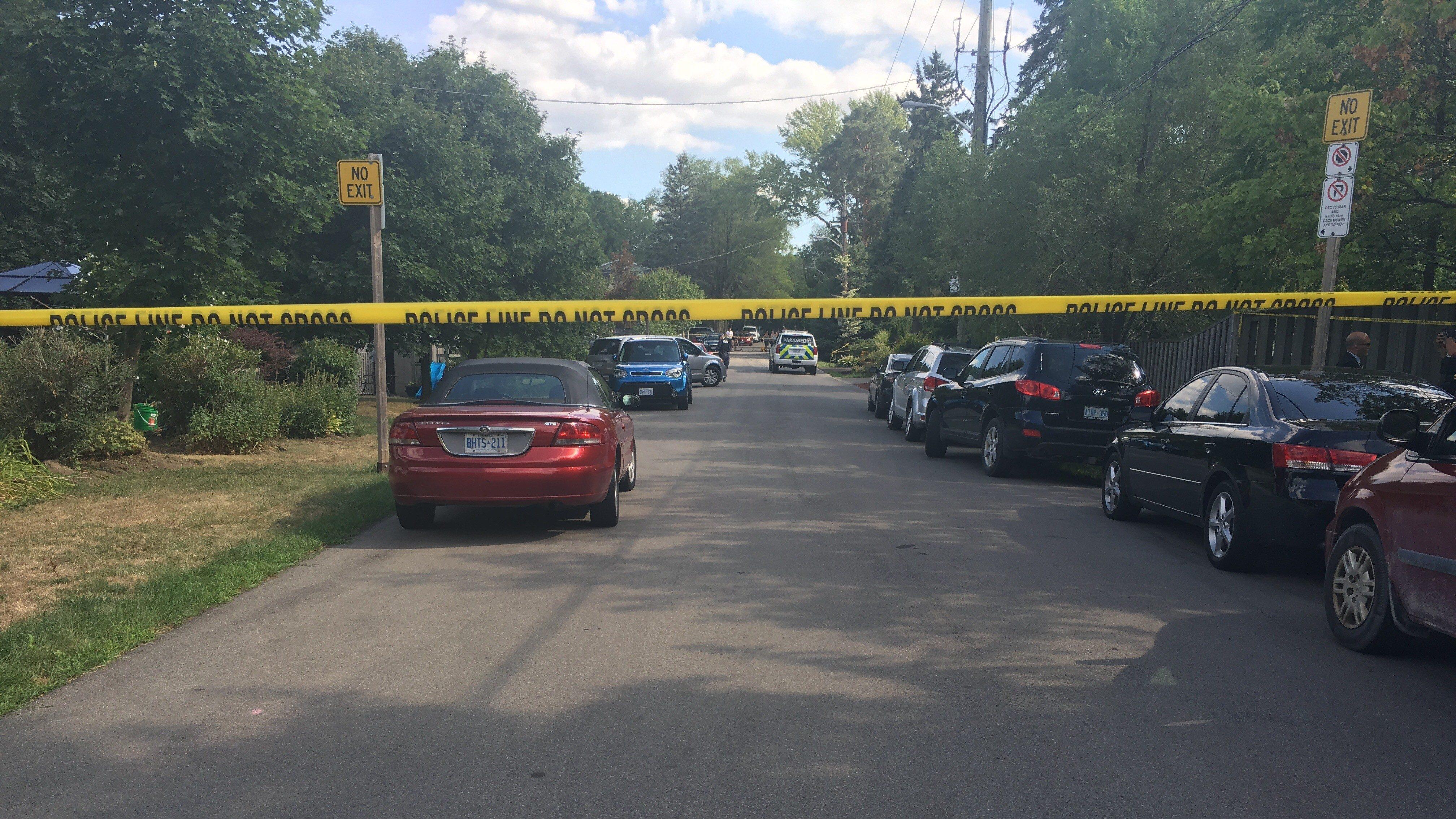 Photo of the scene of a police investigation at Sullivan's Lane in Hamilton. FAIZA AMIN/CITYNEWS.