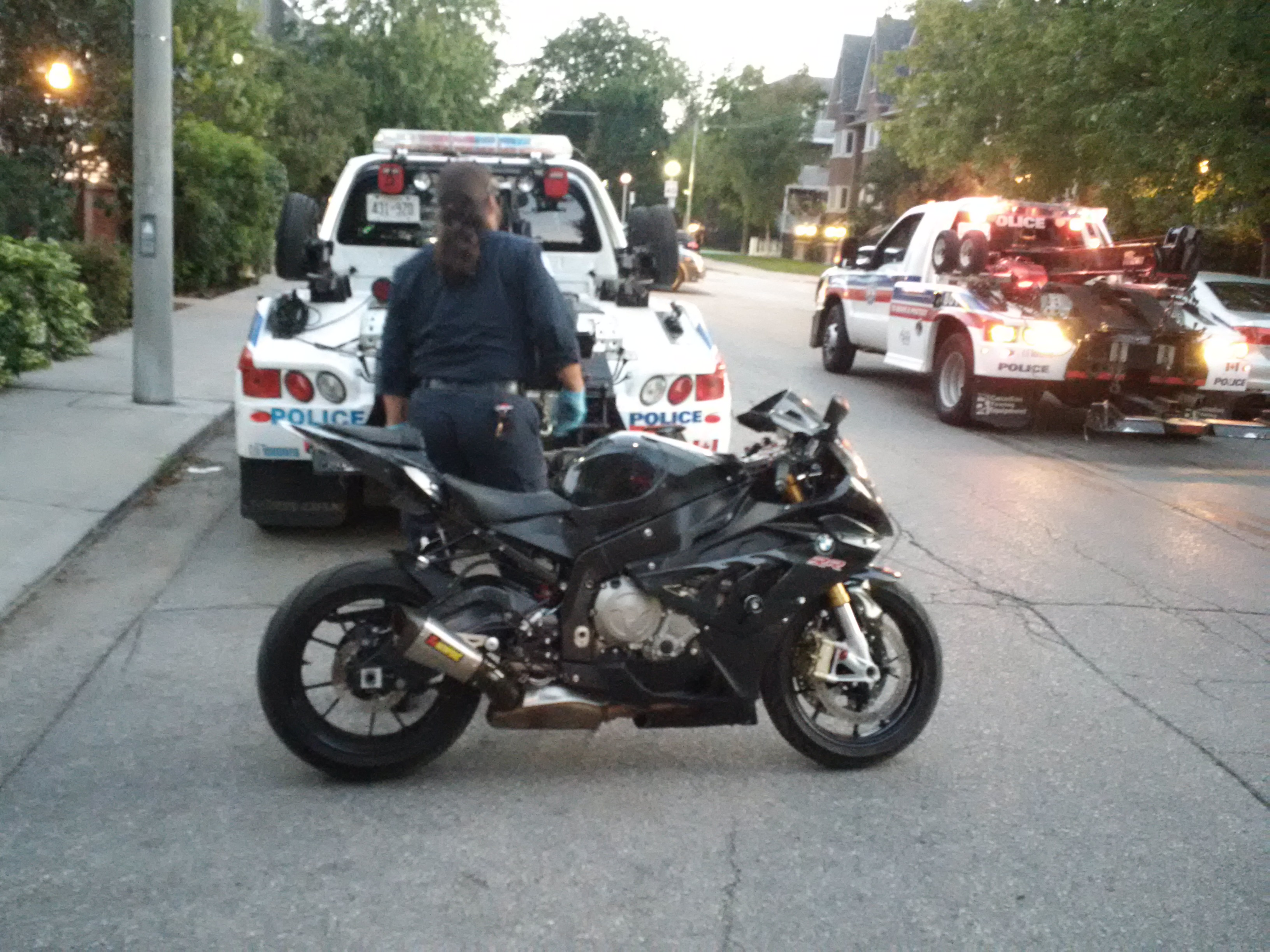 a motorcycle shooting  Biker gang ties suspected in fatal King West shooting: source ...