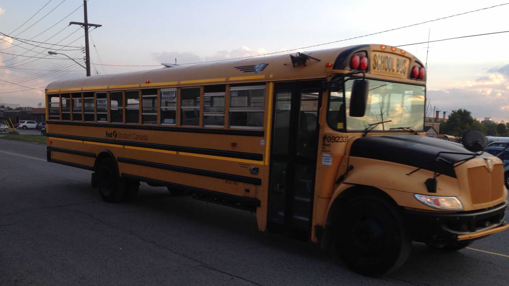 i am a school bus essay