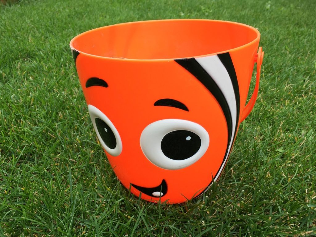 iPhone Compare Pic Orange Bucket 1