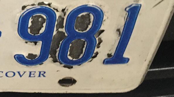 Defective license plates (CITYNEWS)