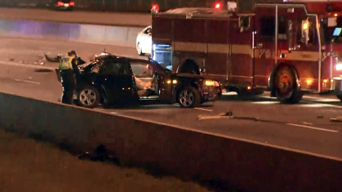 Highway 401 reopens after two separate collisions, one fatal