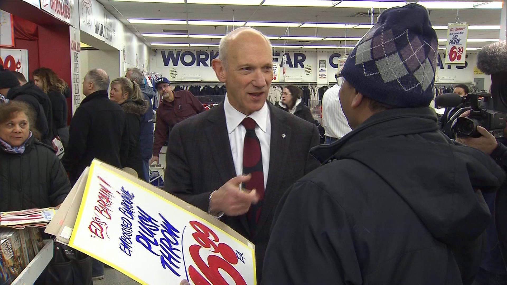 Owner David Mirvish meets with customers at one of four sign sales at Honest Ed's. His store is closing on Dec. 31, 2016. CITYNEWS