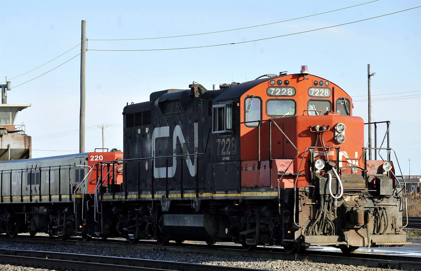 Canadian National Railway (CNI) Receives $79.92 Average Price Target from Brokerages