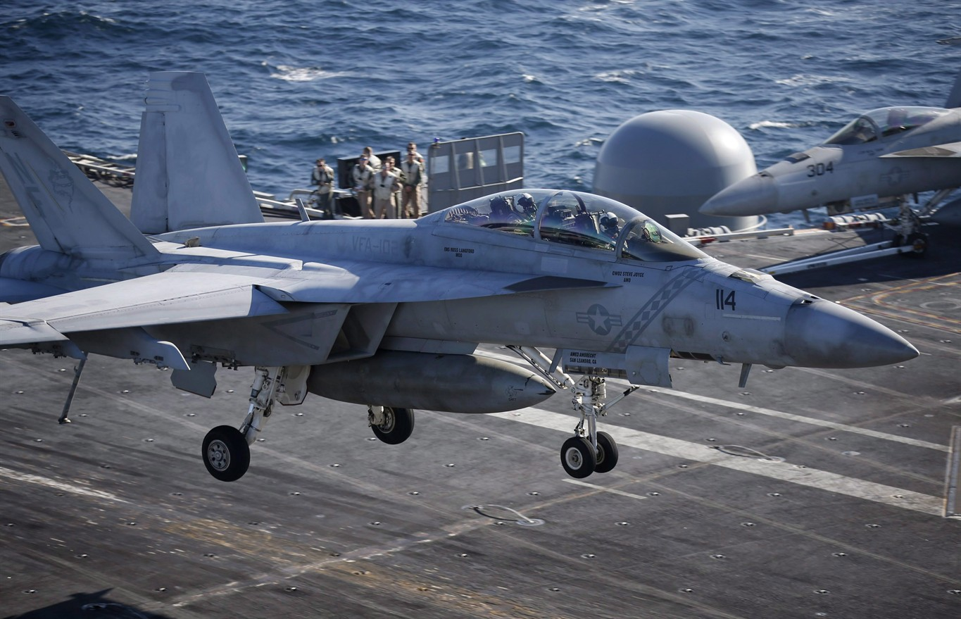 Canada looks to buy 18 Super Hornet jets on interim basis