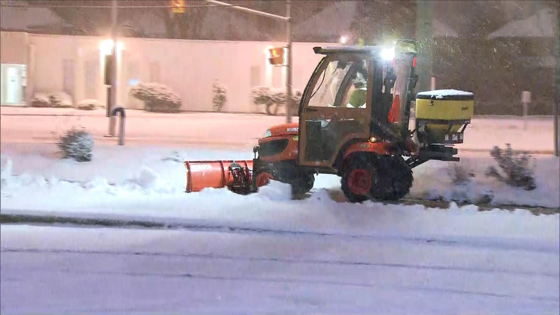 A snowplow clearing away snow in the Richmond Hill area on Dec. 5, 2016. CITYNEWS/Bertram Dandy