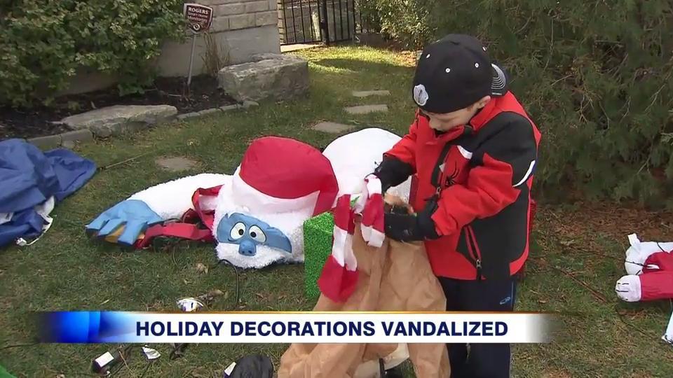 Video: Oakville boy, 6, writes Santa after vandals destroy Christmas  decorations