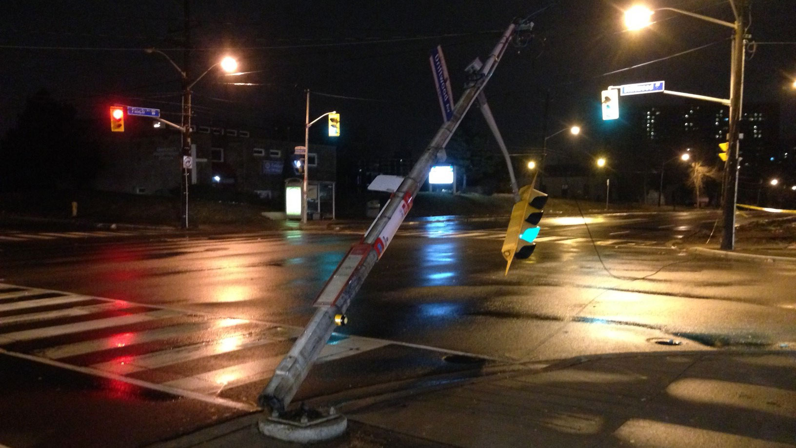 Traffic and street lights are damaged due to high winds in Toronto on Jan. 11, 2017. CITYNEWS/Bertram Dandy