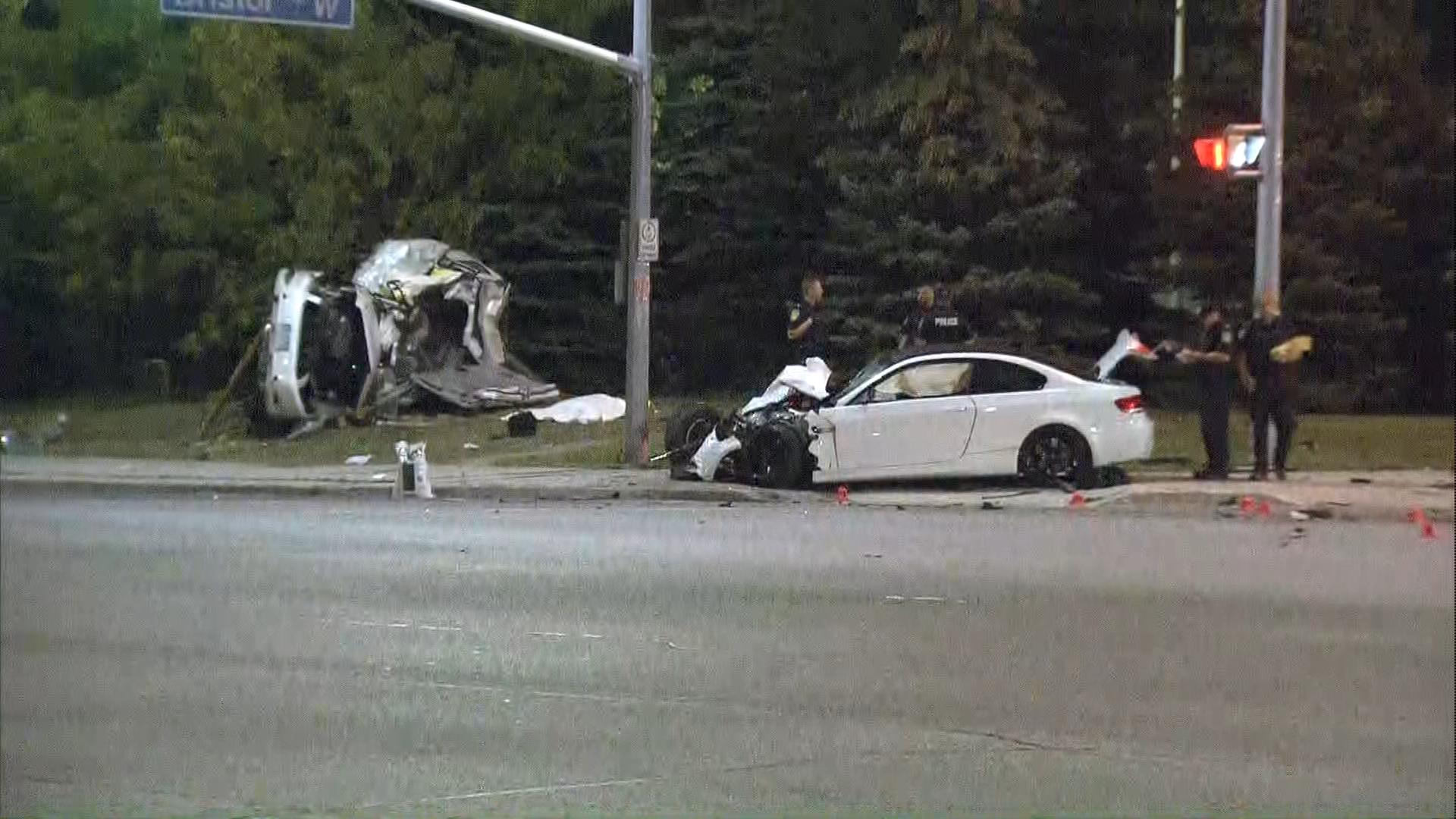Peel police investigate a fatal crash at Mavis and Bristol roads in Mississauga on Sept. 14, 2017. CITYNEWS