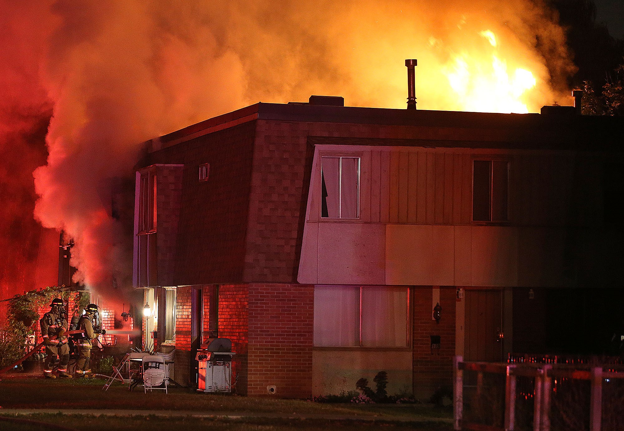 2 injured in Mississauga townhouse fire - CityNews Toronto