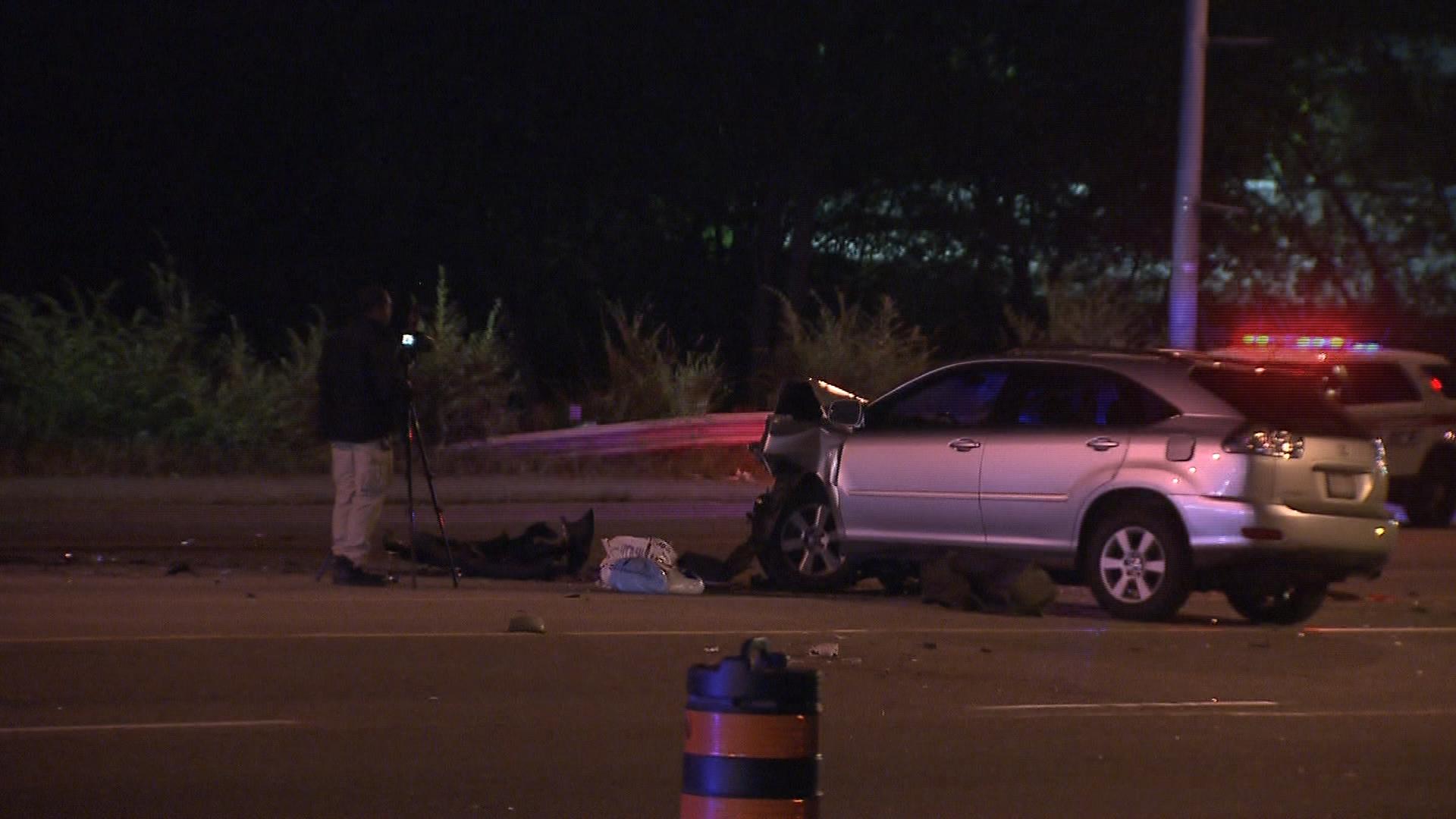 Driver flees scene of multi-vehicle crash in Vaughan, 6 injured