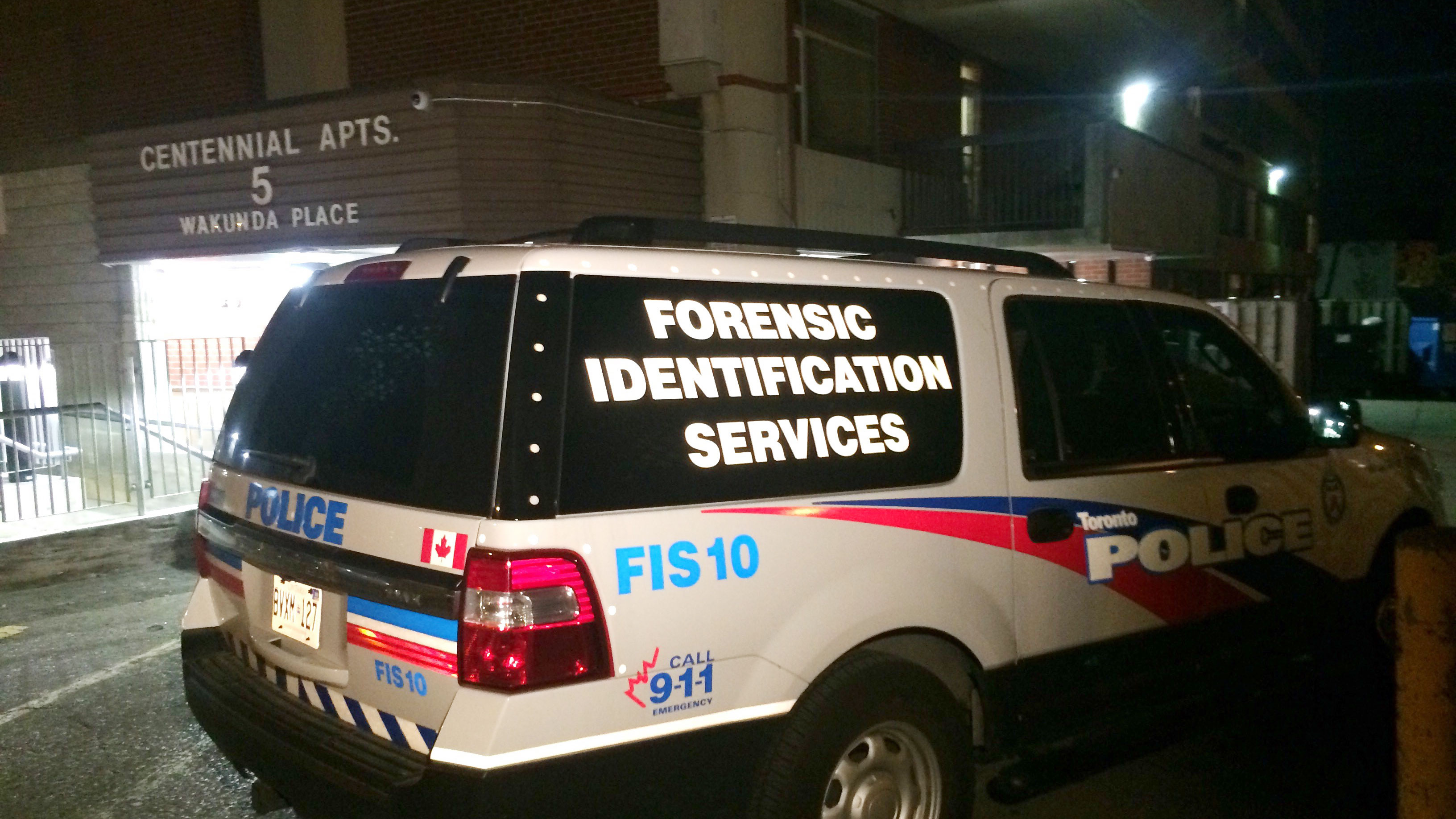 Homicide detectives investigate death of man in Toronto apartment