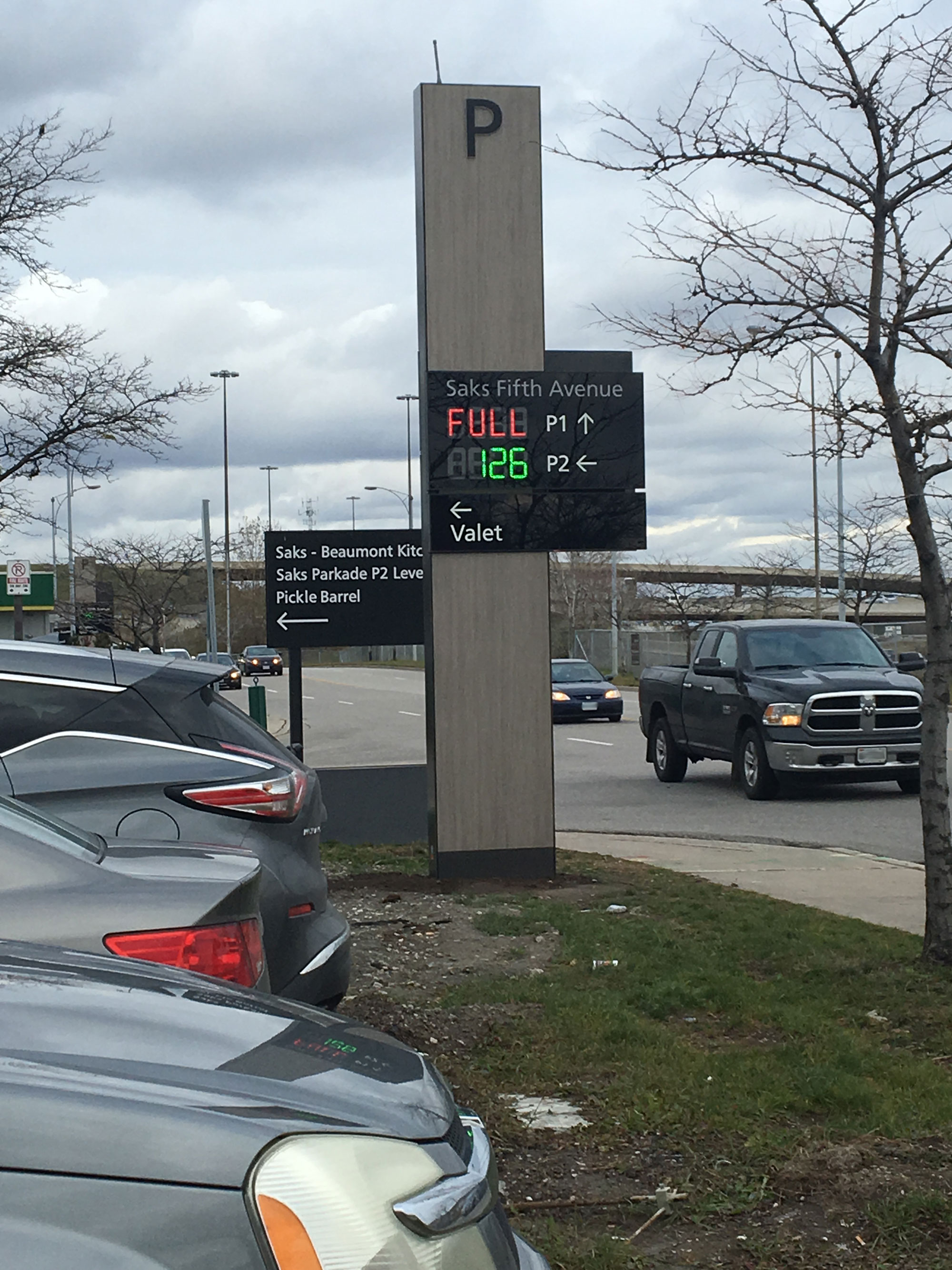 A digital sign at Sherway Gardens shows which parking lots have the best available parking. Photo credit: Sherway Gardens