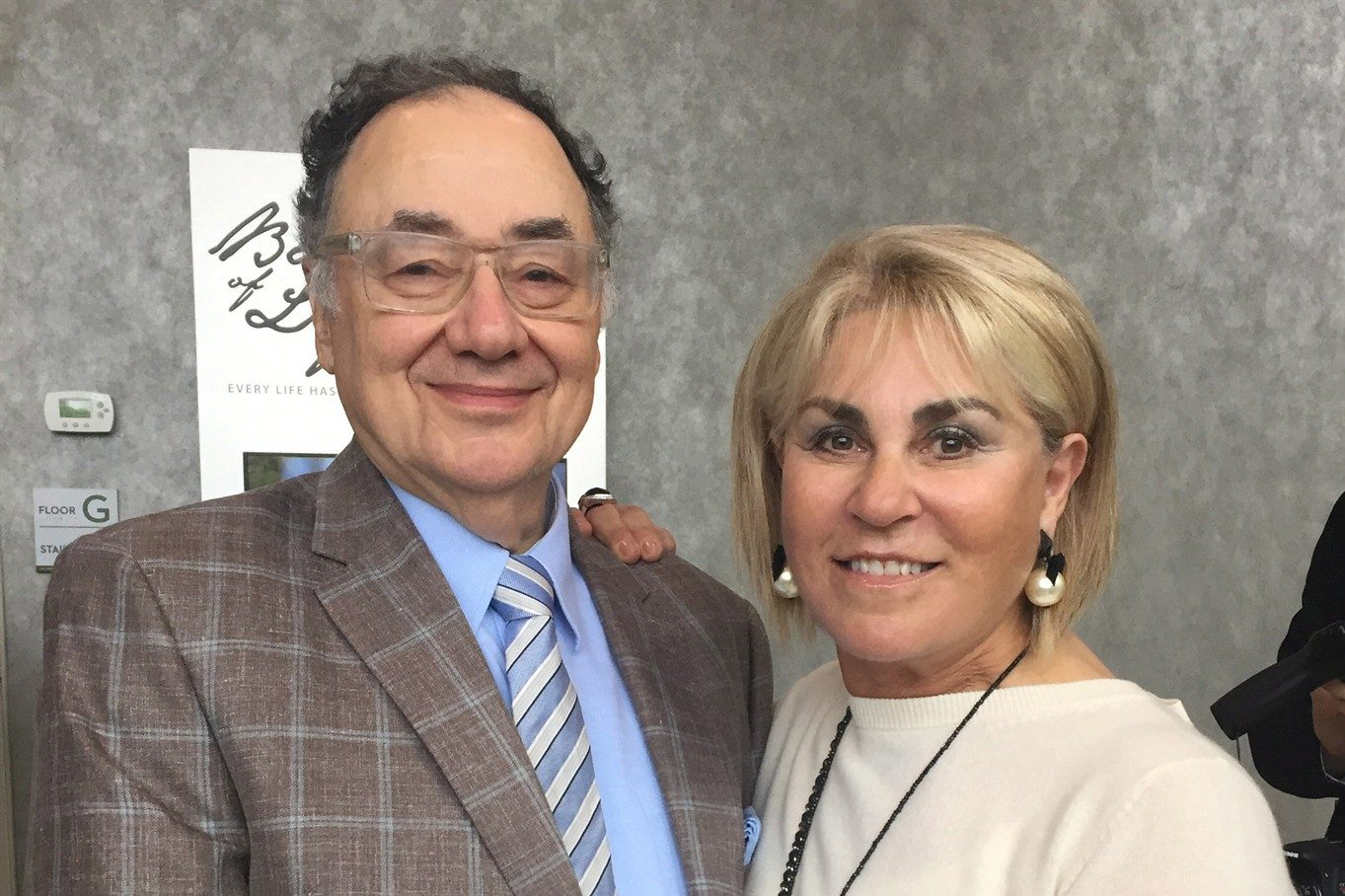 Toronto police update at 1 pm on Barry and Honey Sherman investigation