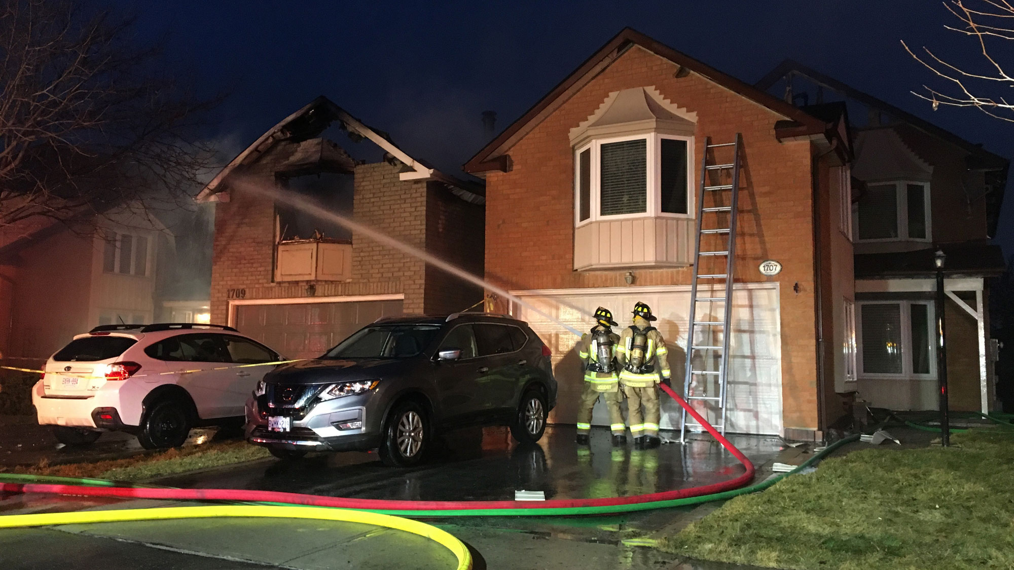 Firefighters battle a fire at a home on Echo Point Court in Pickering on March 28, 2018. CITYNEWS/Mehrdad Nazarahari