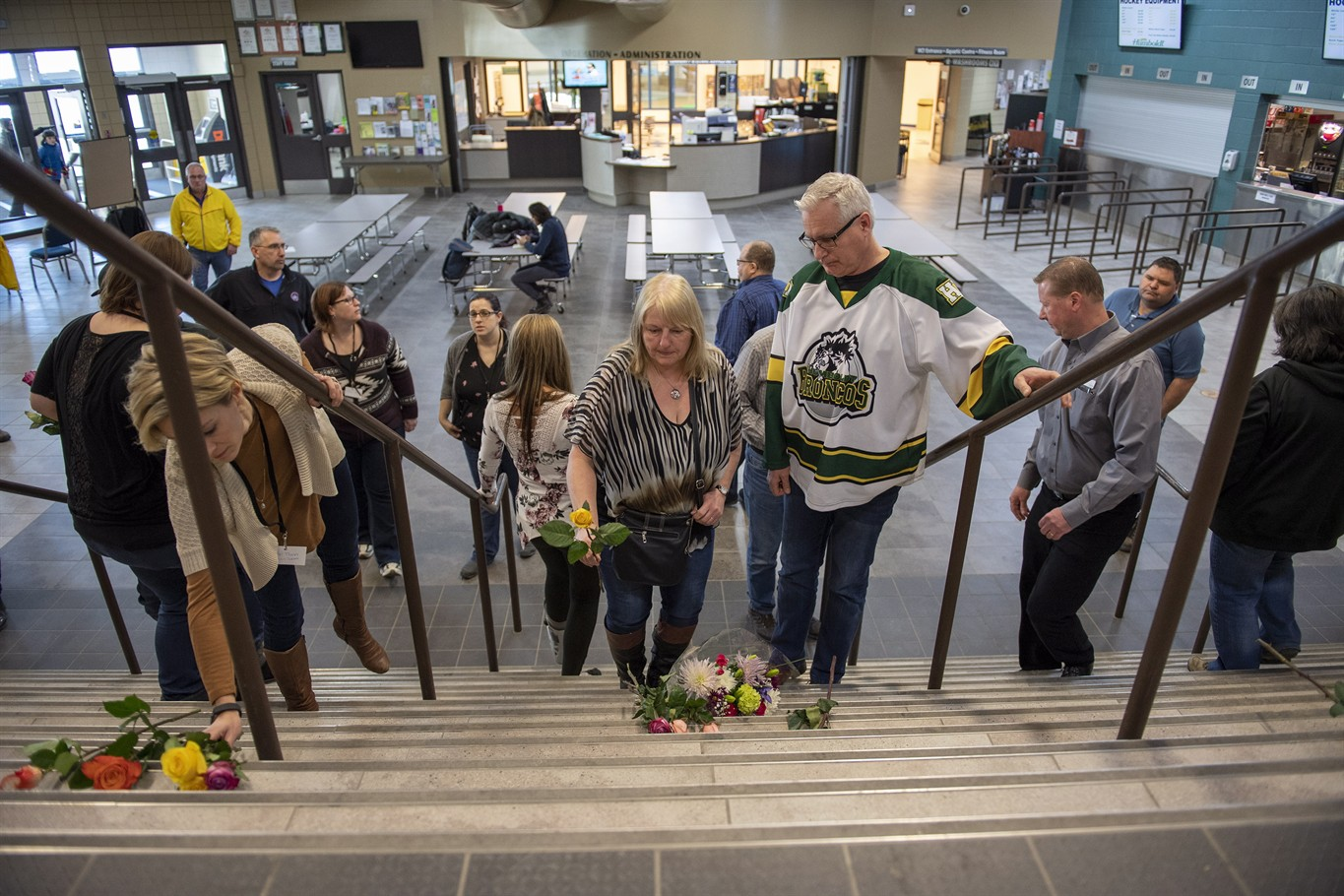 Hockey world in shock after Humboldt, Sask , bus crash