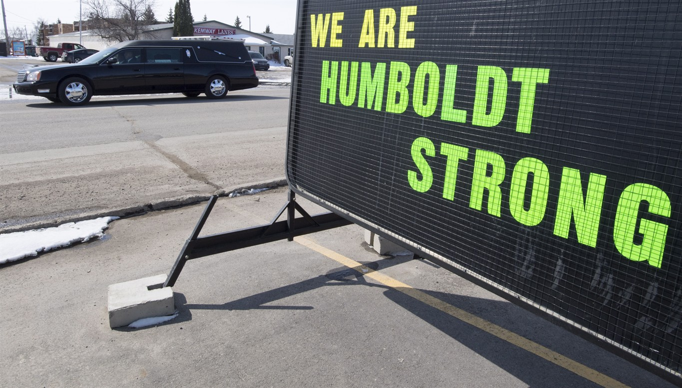 South Cariboo shows support for Humboldt Broncos
