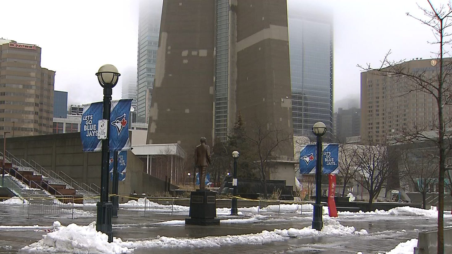 CN Tower closed, Rogers centre roof leaks due to falling ice