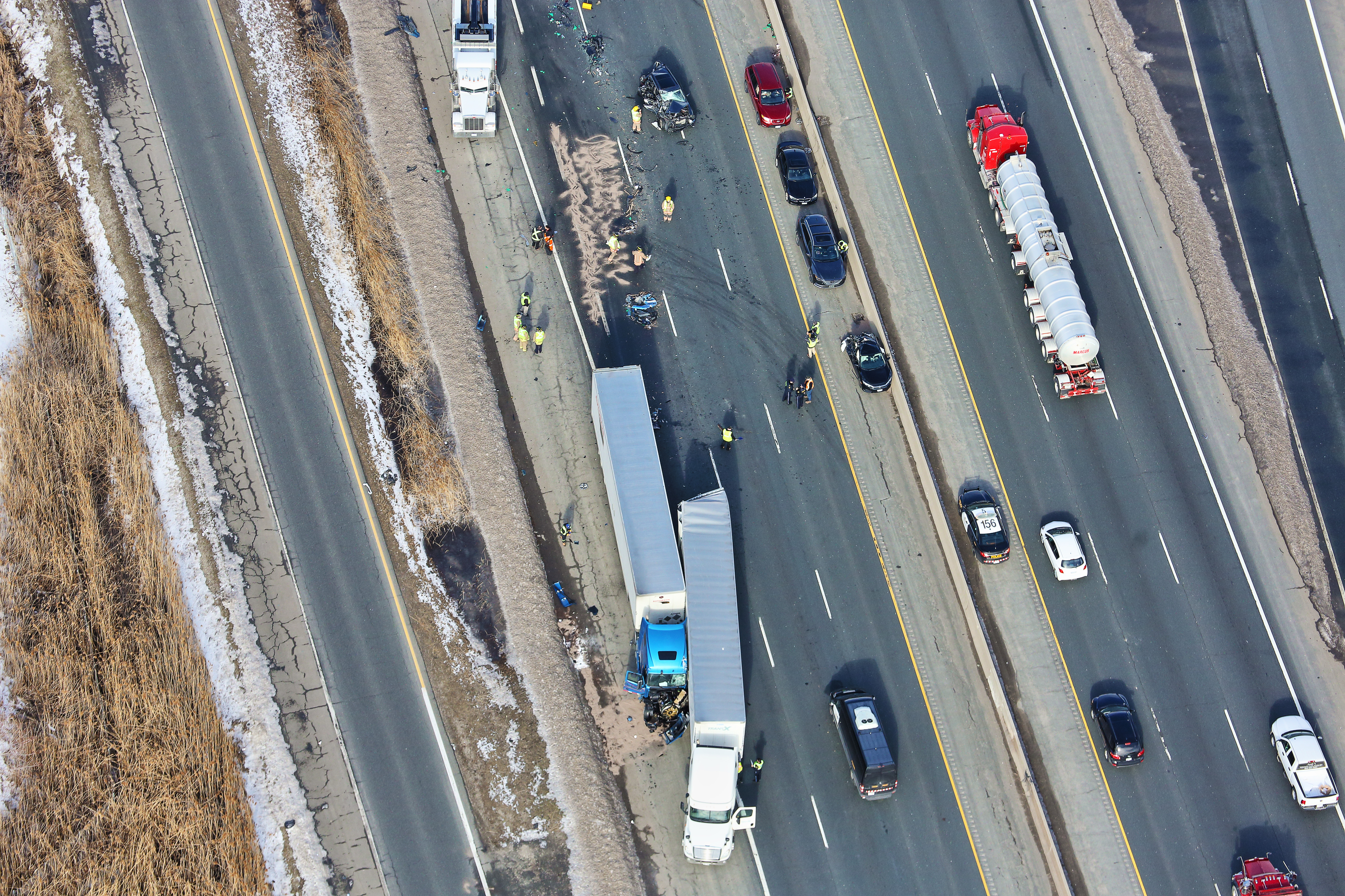 Transport trucks, vehicles involved in 3 separate crashes on Hwy  401